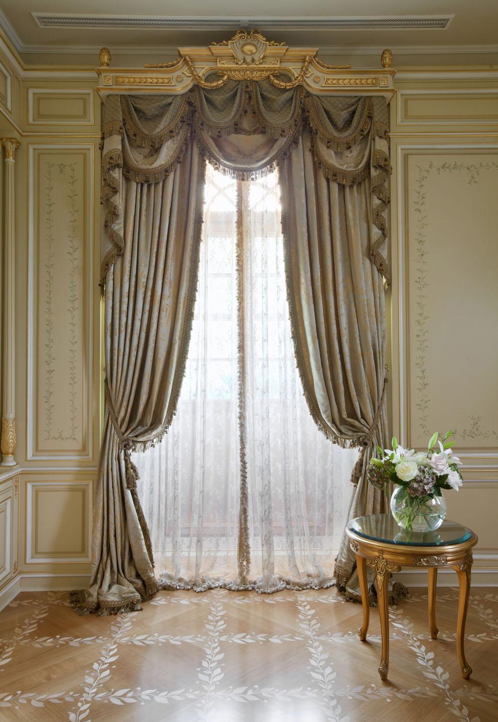 частная усадьба классические элитные шторы фото год появляются